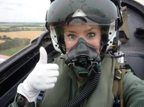 pilot-woman3